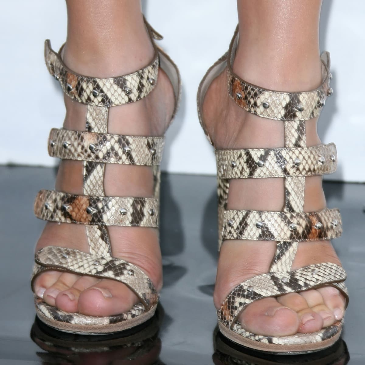 Jennifer Lopez shows off her feet in Gucci's Sigourney sandals