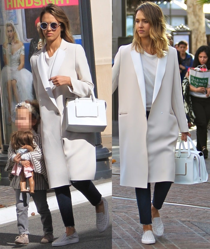 "Jessica Alba toted a light grey calf leather ""Kalifornia"" shoulder bag"