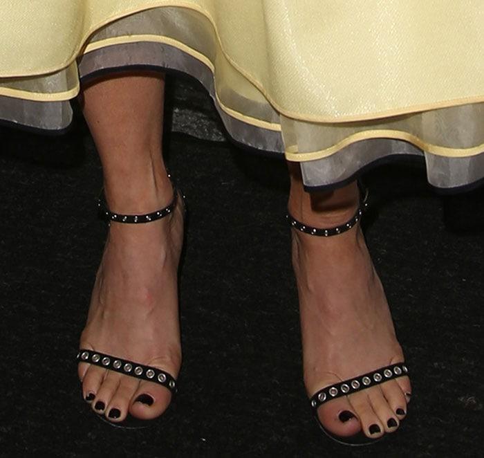 Julianne Hough's Hot Feet In Lipstick Grommet Heels By