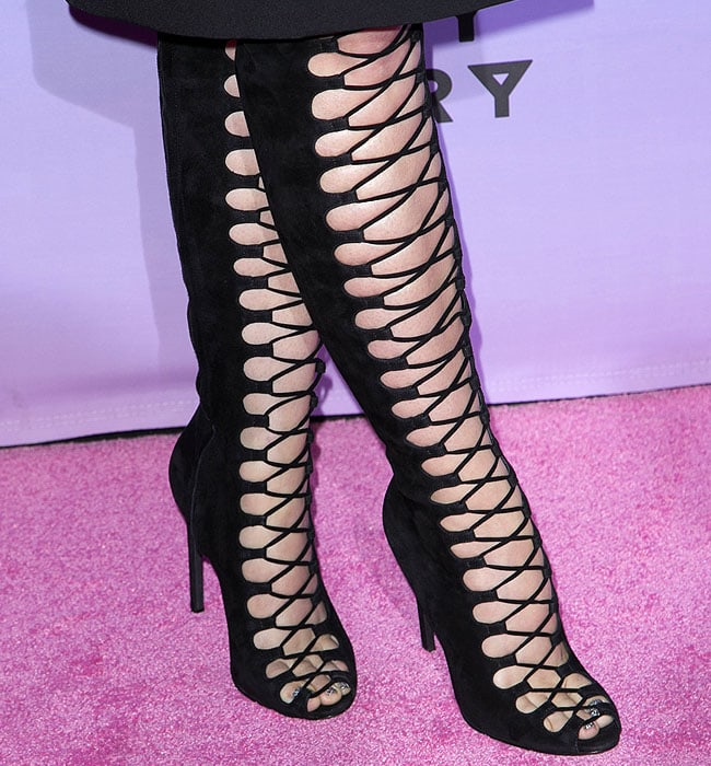 Katy Perry's sparkly silver painted toenails peeking out from her Giambattista Valli open-toe lace-up boots