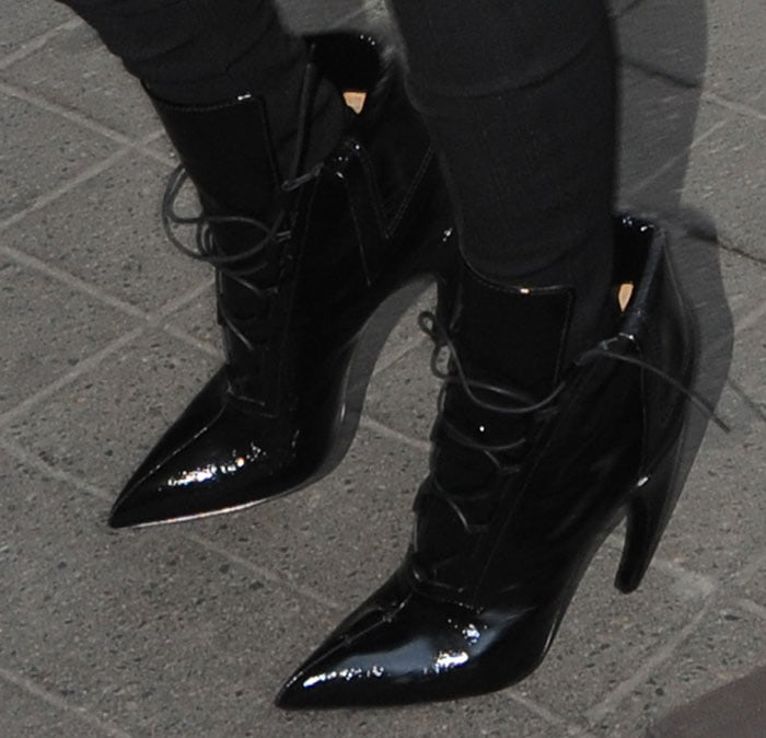 Kim-Kardashian-curved-heel-lace-up-boots