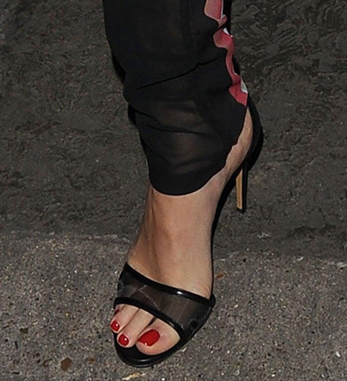 Rita Ora's sexy toes in Casadei sandals