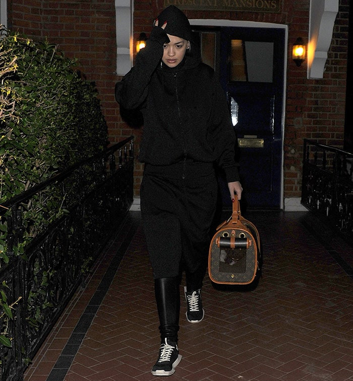 Rita-Ora-in-black-tracksuit-to-Westfield-London
