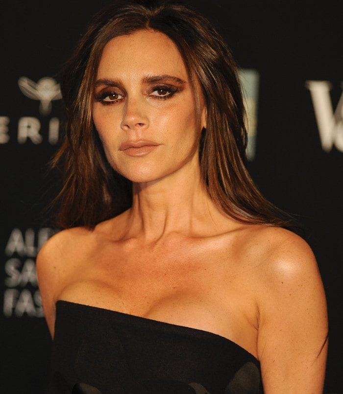 Victoria Beckham's sexy shoulders in a strapless dress