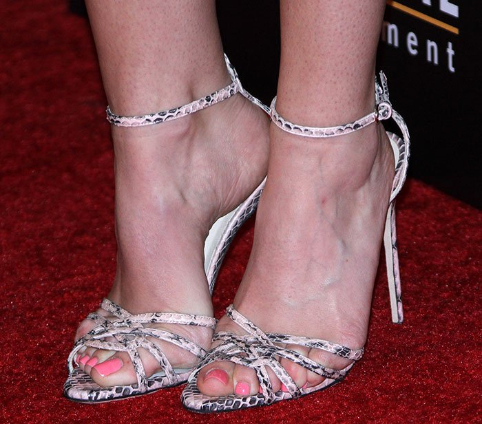 Anna Camp showed off her sexy feet in Brian Atwood strappy sandals