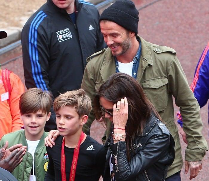 Virgin Money London Marathon 2015 Featuring: David Beckham, Victoria Beckham, Romeo Beckham, Cruz Beckham Where: London, United Kingdom When: 26 Apr 2015 Credit: WENN.com
