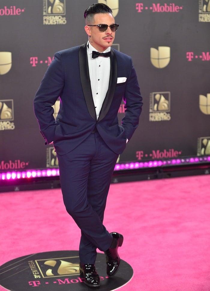 Casper Smart arrives at Univision's 31st Edition Of Premio Lo Nuestro A La Musica Latina - Pink Carpet at American Airlines Arena on February 21, 2019, in Miami, Florida