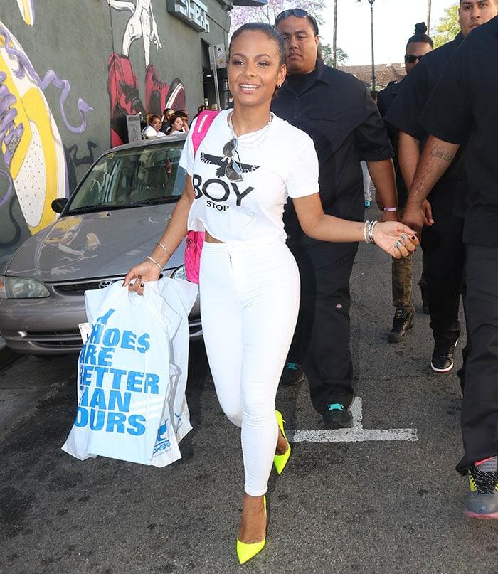 Christina-Milian-shopping-at-LA-Gear-Store-Hollywood