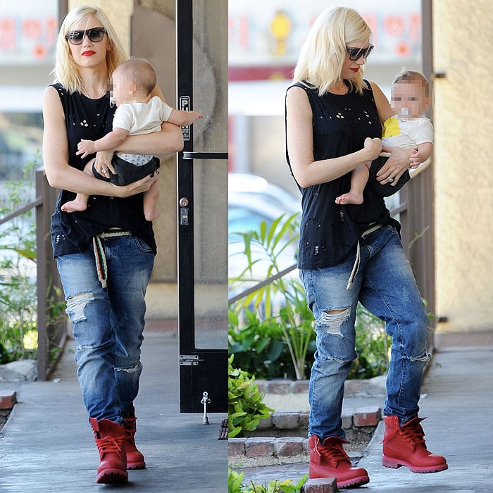 Gwen Stefani wearing Timberland boots with ripped boyfriend jeans
