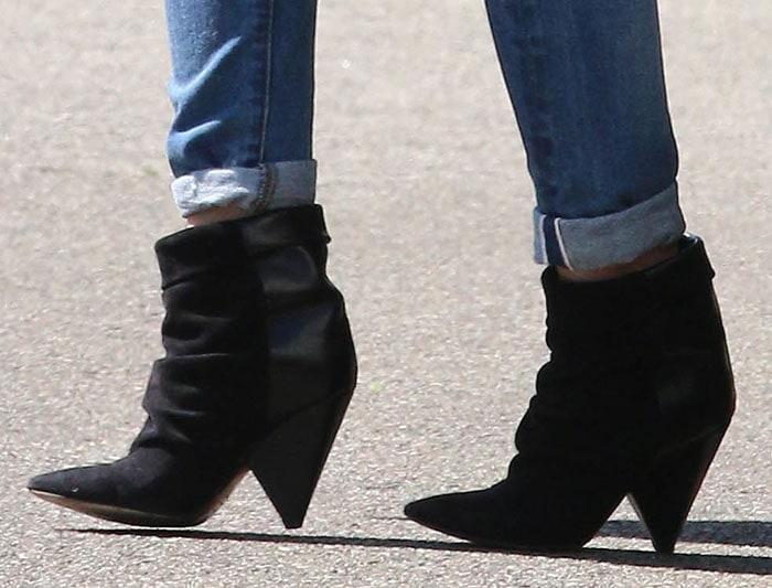 Hilary-Duff-Isabel-Marant-Andrew-Velvet-Leather-Boots