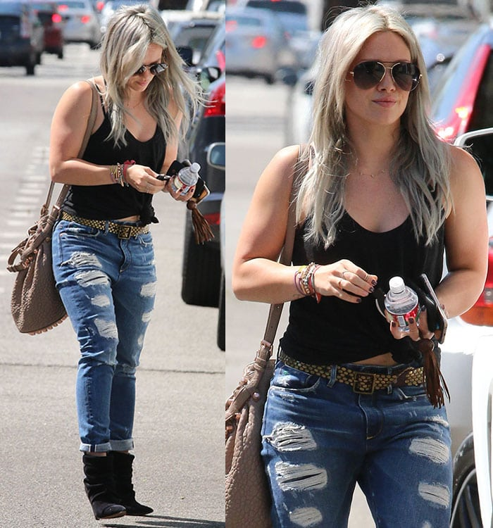 Hilary-Duff-ripped-jeans-tank-top-boots