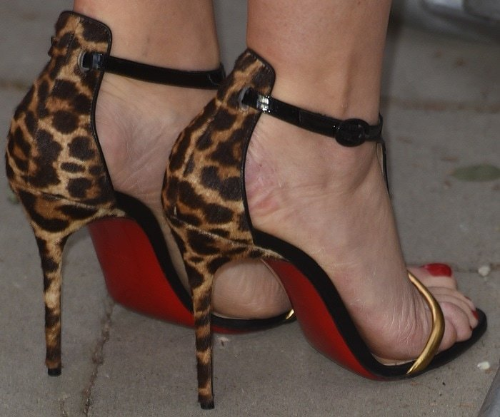 Kate Winslet's sexy feet in Christian Louboutin sandals