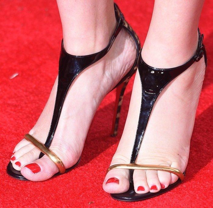 Kate Winslet wears Athena Alta t-strap sandals