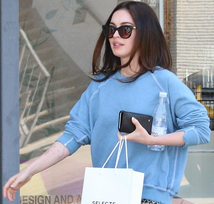 Megan Fox showed off her new haircut after visiting a salon associated with Salon Benjamin
