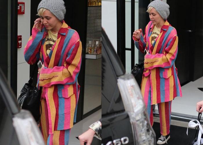 Miley Cyrus Converse 2