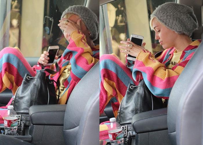 Miley Cyrus Converse 3
