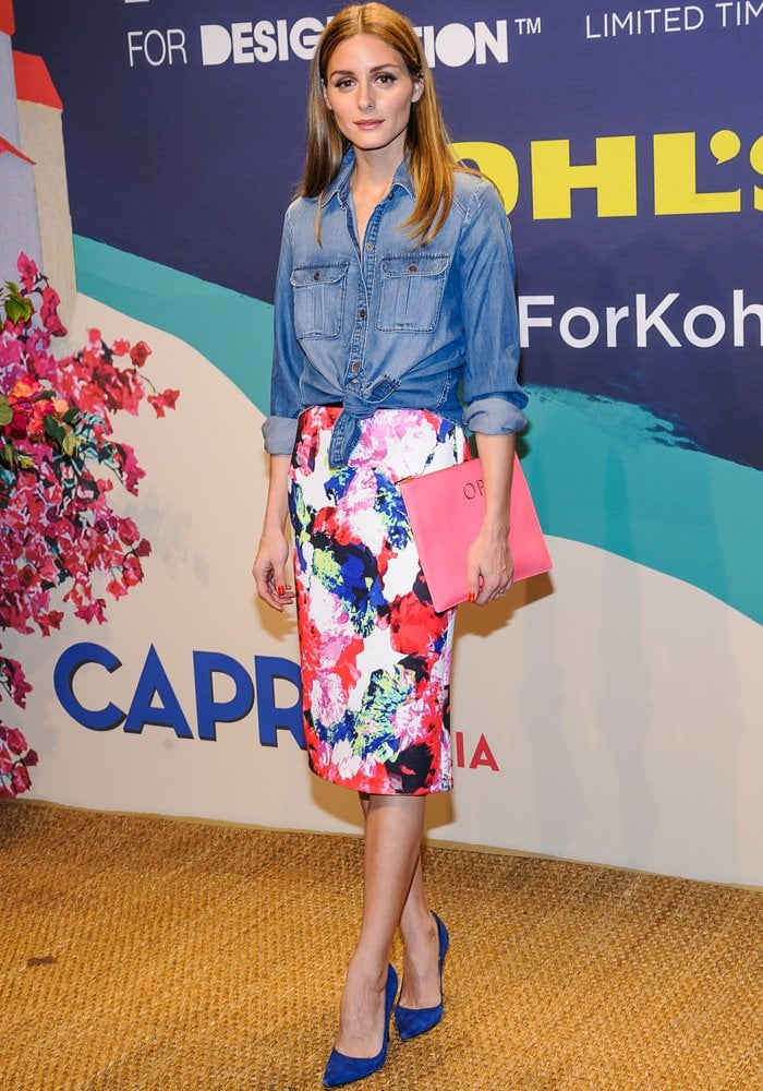 Olivia Palermo's beautiful Manolo Blahnik blue suede BB pumps