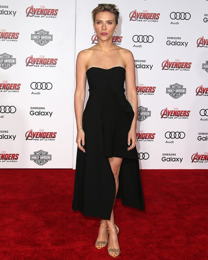 Scarlett Johansson in an asymmetric black dress from Stella McCartney's Fall 2015 collection
