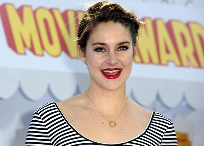 Shailene Woodley MTV Awards 3