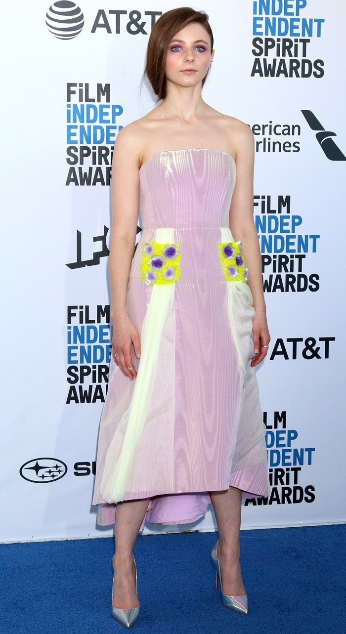 Thomasin McKenzie flaunted her legs at the 2019 Film Independent Spirit Awards in Santa Monica, California, on February 23, 2019