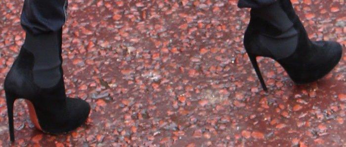 Virgin Money London Marathon 2015 Featuring: Victoria Beckham Where: London, United Kingdom When: 26 Apr 2015 Credit: WENN.com