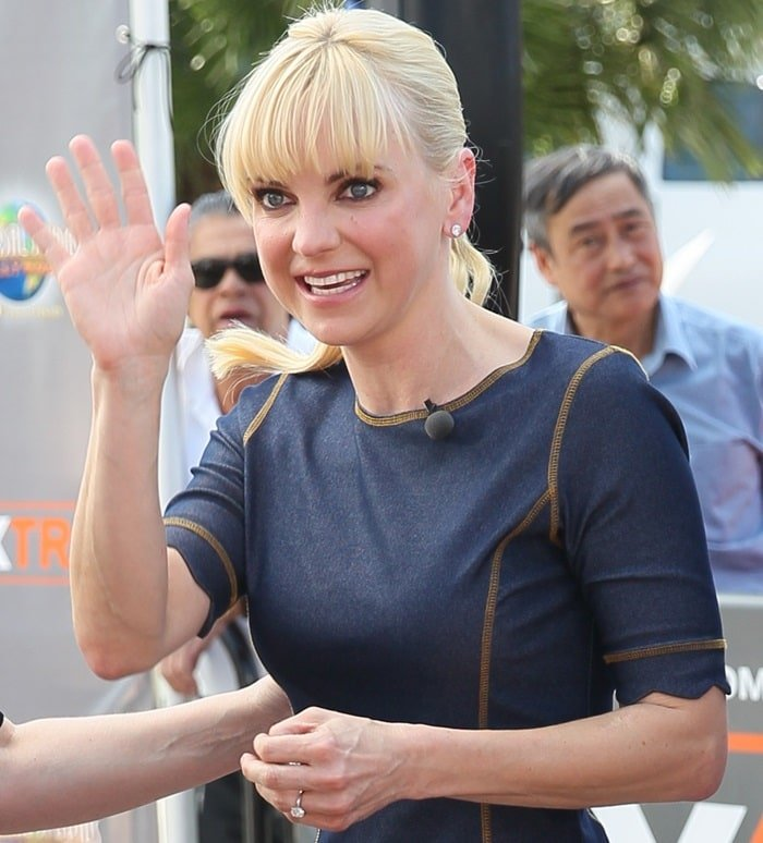 Anna Faris and Allison Janney seen at Universal studios where they were interviewed by Tracy Edmonds for television show Extra. Featuring: Anna Faris Where: Los Angeles, California, United States When: 29 Apr 2015 Credit: Michael Wright/WENN.com