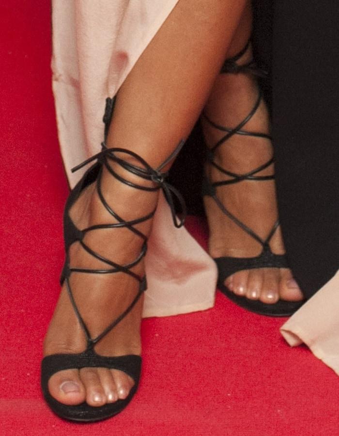 Christina Milian's pretty feet in ultra-sexy sandals