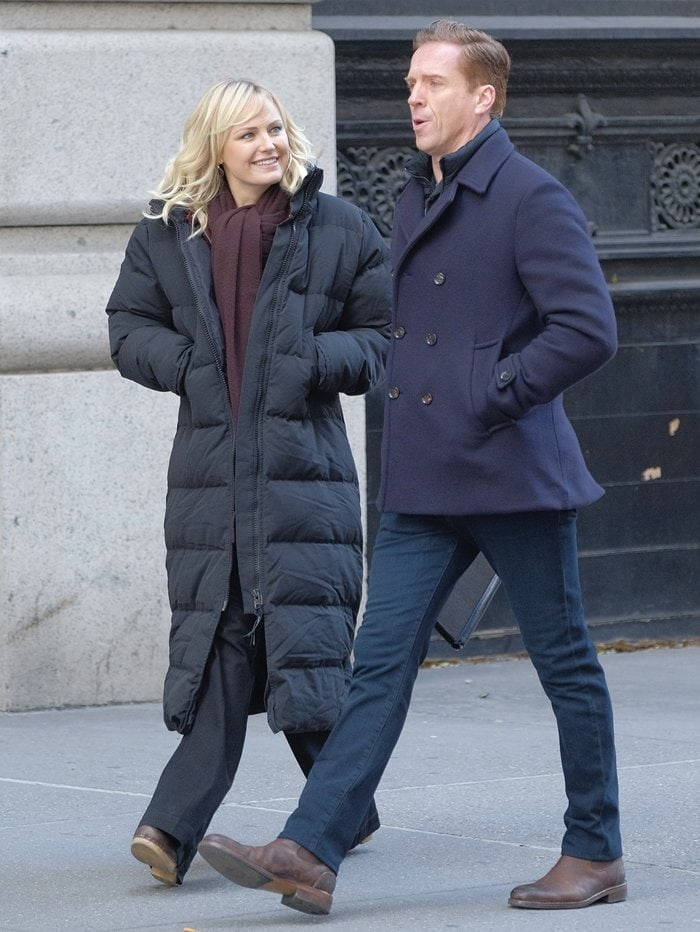 Damian Lewis and Malin Akerman as Lara and Bobby Axelrod on the set of 'Billions'
