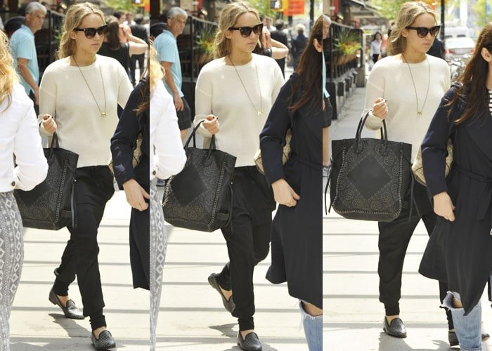 Jennifer Lawrence leaving her hotel in New York