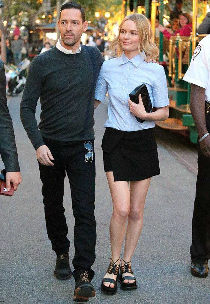 Kate Bosworth's short blonde locks were styled in loose waves