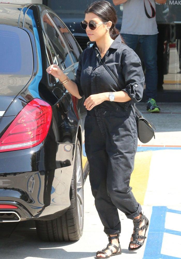 Kourtney Kardashian Sigerson Morrison 4