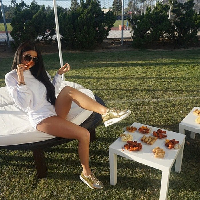 Shared by Kylie Jenner on May 3, 2015, with the caption I'm always eating ugh!