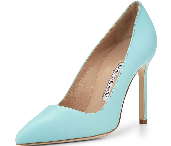 Manolo Blahnik BB Leather Point-Toe Pumps in Turquoise