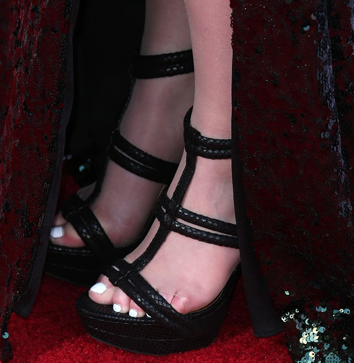 Meghan Trainor's hot feet in Jessica Simpson sandals