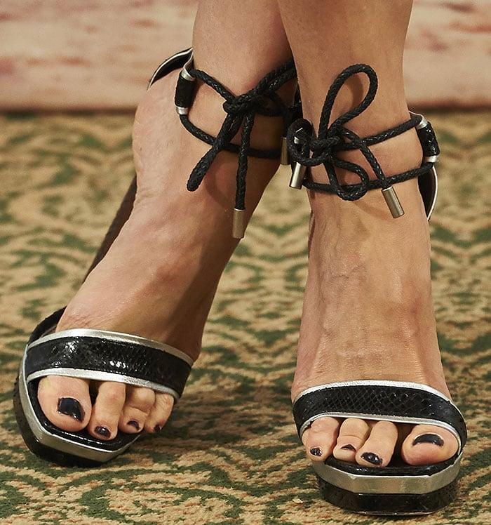 Rosamund-Pike-Alexander-McQueen-Ankle-Tie-Snakeskin-Platform-Sandals