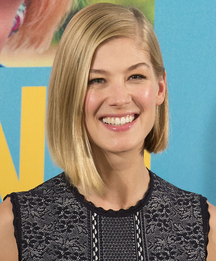 Rosamund-Pike-What-We-Did-on-Our-Holiday-photocall