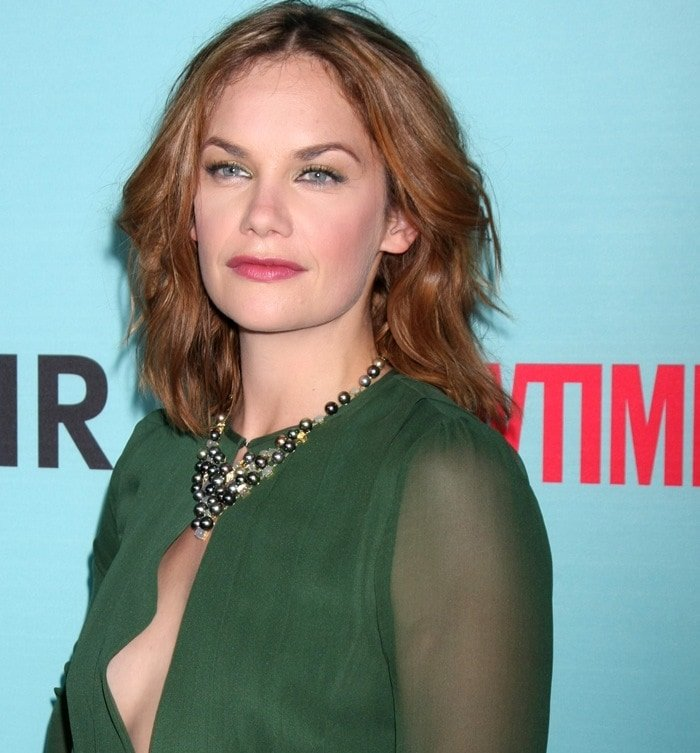 Ruth Wilson's side boob and a Kelly Bailey necklace