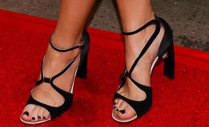 Sophia Bush's sexy feet in black shoes