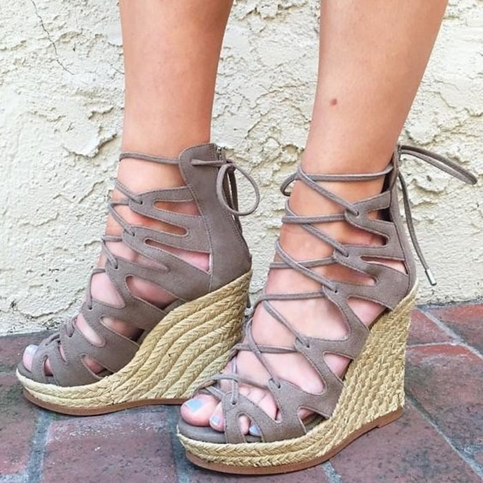 Theea steve madden taupe