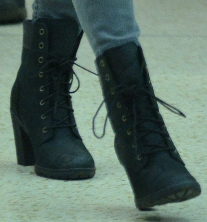 """Megan Fox in Timberland Earthkeepers """"Glancy"""" boots"""