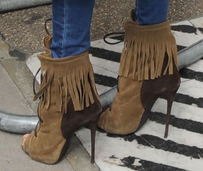 Alesha-Dixon-Giuseppe-Zanotti-khaki-fringe-boots