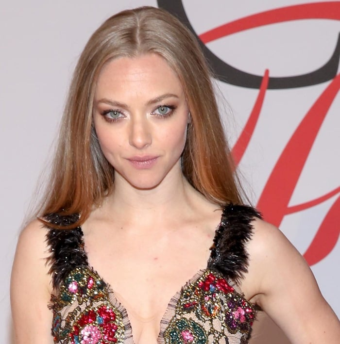 Amanda Seyfried in a gorgeous beaded sequin and lace tulle frock from Rodarte