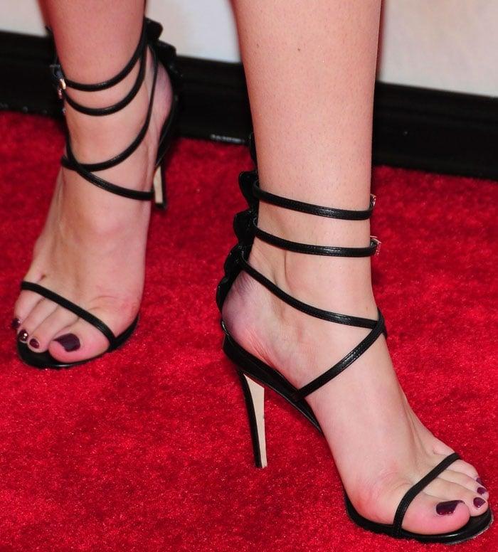 Bella Thorne Ted 2 Fendi 10