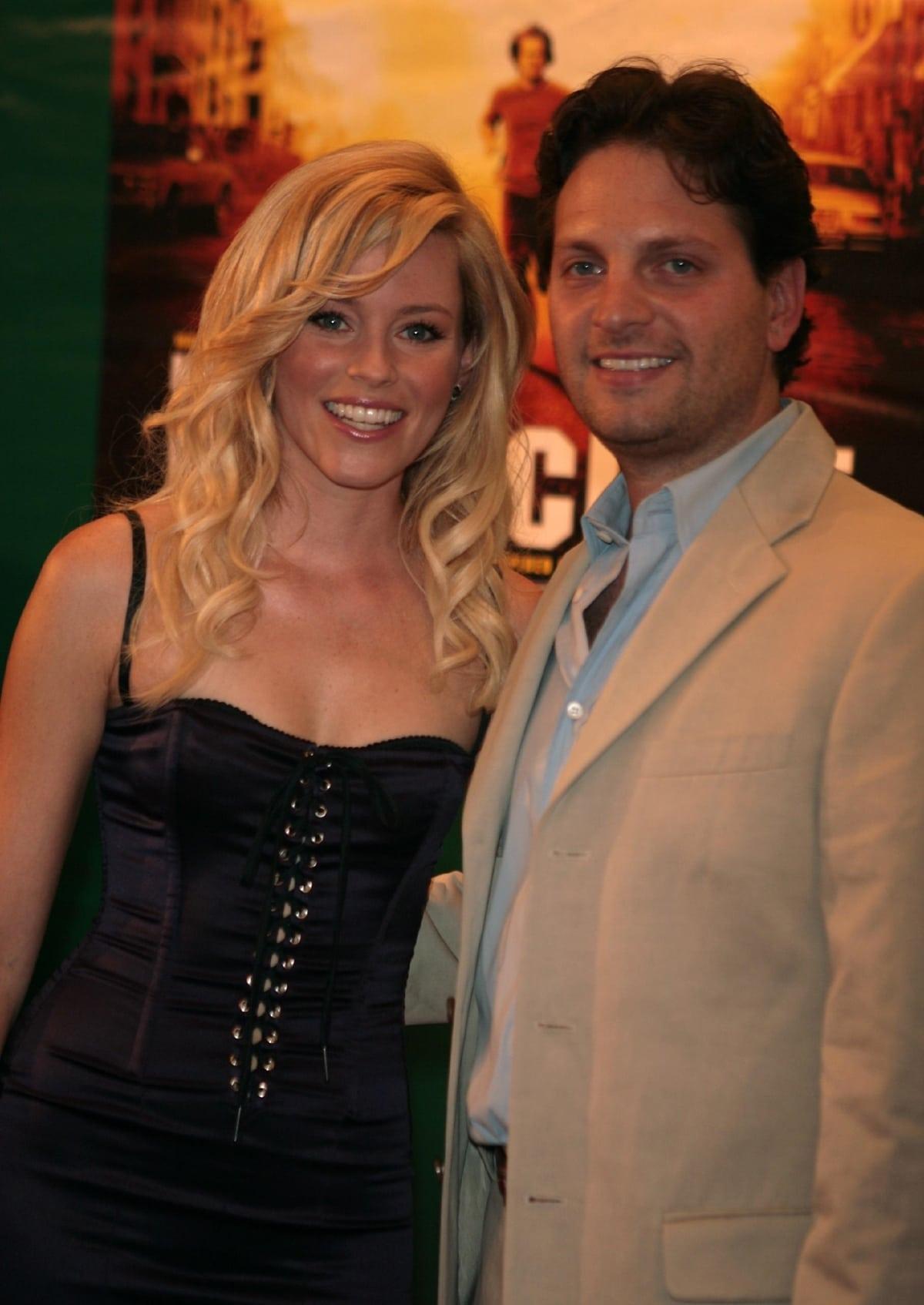Elizabeth Banks and her husband Maz Handelman at the premiere of Invincible