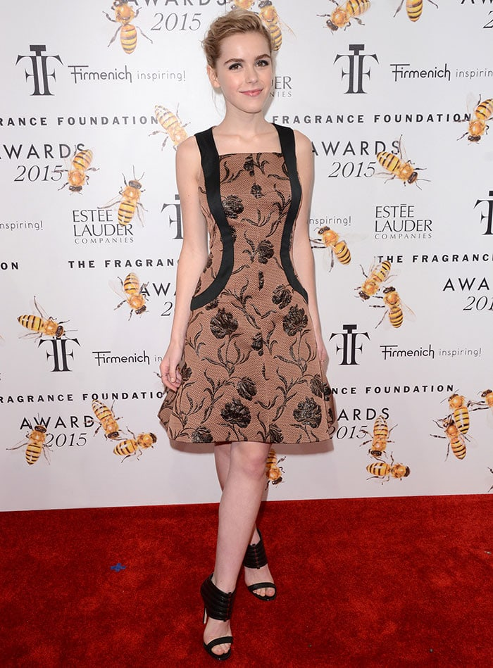 Kiernan Shipka's Tousled Updo at Fragrance Foundation Awards