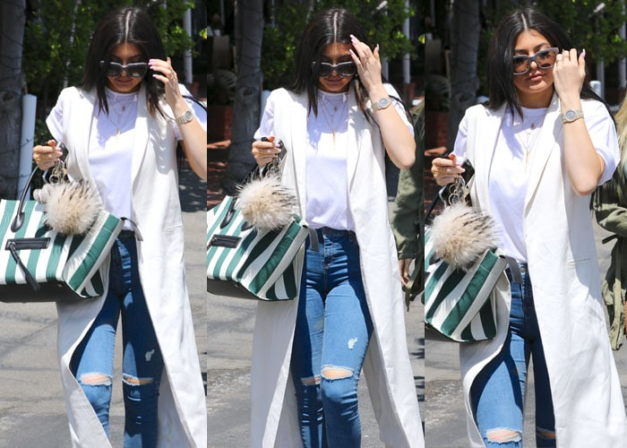 Kylie Jenner rocked a white t-shirt from American Apparel