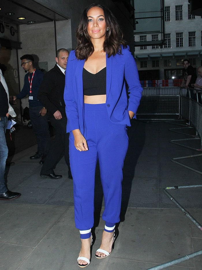 Leona-Lewis-outside-BBC-Radio-1-studios