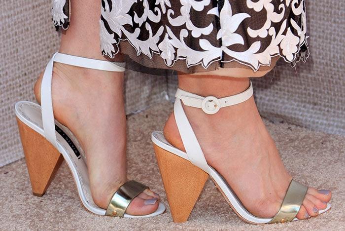 Leven-Rambin-Alice-Olivia-Cici-cone-heel-Sandals-1