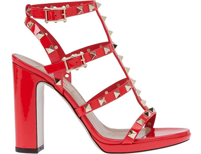 Valentino Rockstud Sandals red