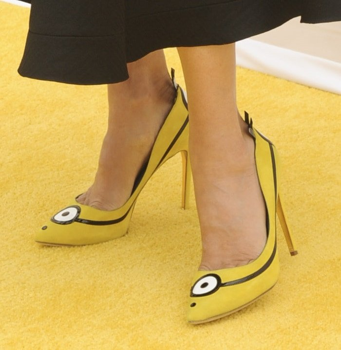 Sandra Bullock'scartoon-inspired Minion shoes